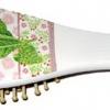 แปรงนวดศรีษะด้ามไม้ ลายดอกพริมูล่าสีชมพู