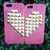 เคส IPhone 5 เคสไอโฟน5 เคสแบบหัวใจประกบคู่ เหมาะสำหรับคู่รัก สีชมพูสดใส ขายเป็นคู่เซต (2 อัน)