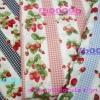 ผ้า Cotton พิมพ์ลาย สำหรับทำงานฝีมือ หรือบุชิ้นงาน - ลาย เถาสตอเบอร์รี่ Strawberry