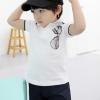 Huanzhu kids เสื้อแขนสั้นคอปกสีขาว มีลายแว่นตาที่อก เนื้อผ้านิ่มใส่สบาย น่ารักสไตล์เกาหลี