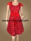 ชุดราตรีผ้าไหมสีแดงสด แบบมีแขน ปักดอกกุหลาบเงาทั่วตัว น่ารักสวยหรูมาก