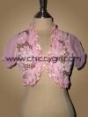 เสื้อคลุมชุดราตรีตัวสั้นสีชมพูแขนตุ๊กตาแต่งขอบระบายอัดพลีทติดริบบิ้นปักเลื่อมปักผ้าขดรูปดอกไม้สวยหรู