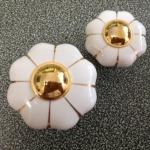 มือจับ ปุ่มแขวน เซรามิค/ทองเหลือง ลายดอกไม้สีขาว มี 2 ขนาด 3.5-4.5 ซม.