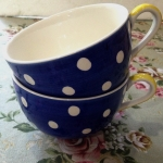 ถ้วยซุปลายจุด ลายจุดขาว Polka Dot บนพื้นน้ำเงิน มาเป็นเซต 2 ใบค่ะ Whittard Chelsea 1886