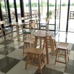 โต๊ะกลม+เก้าอี้สตูล ดีไซน์น่ารัก สำหรับร้านกาแฟ