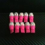 หลอดไฟ ไฟหรี่ ขั้ว T10 SMD 5 ดวง สีชมพู 1 คู่