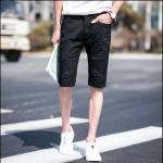 กางเกงขาสั้นแฟชั่้นเกาหลี สีดำเท่ห์ด้วยรอยขีดขาด