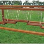 สะพานเชื่อกทรงตัว ไม้ SIZE:2.8X1.3X0.8 m.