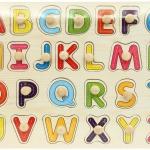 จิ๊กซอว์หมุด ชุด ตัวอักษร A-Z (ตัวพิมพ์ใหญ่) (Wooden puzzle with peg alphabet for Montessori early learning educational)
