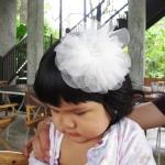 กิ๊บติดผมเด็ก ดอกไม้ฟูฟ่องสีขาว