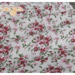 ผ้าคอตตอนไทยสีครีมลายดอกไม้