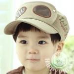 หมวกสีน้ำตาลอ่อน ตกแต่งลายแว่นตา เทห์ๆ สไตล์เกาหลี