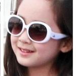 แว่นตากันแดด เทห์ๆ+กล่องใส่ น่ารักกิ๊บเก๋