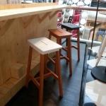 เก้าอี้สตูลบาร์สูง สำหรับนั่งกับเคาน์เตอร์บาร์ (2-TONE)
