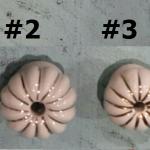 มือจับ ปุ่มแขวน เม็ดมะยม เซรามิค สีขาว แต่งด้วยเส้นสีทอง มี 6 ขนาด ตั้งแต่ 2-4 ซม.