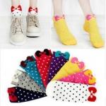 GS001 ถุงเท้าแฟชั่น ถุงเท้าสั้น ลายน่ารัก ด้านหน้าตกแต่งด้วยโบว์ มีให้เลือกลายสีคะ ขนาดก่อนใส่ ยาว 21 cm . ( Free size)