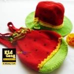 หมวกเด็กฝ้ายถัก+กระเป๋าเป้เด็ก แบบแดงโม สีแดงเขียว Handmade