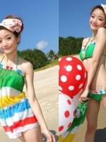 สีเขียว -- ชุดว่ายน้ำบิกินี่ทูพีช ขายพร้อมชุดแซกผ้าซีทรูลายขวางสีสดใส