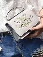 กระเป๋าถือ/สะพาย กระเป๋าใส่ไอโฟน iPhone หูจับมือถือและสายสะพายเป็นเหล็ก ปักลายดอกไม้ มี 4 สีค่ะ