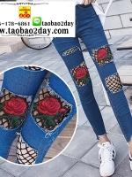 กางเกงยีนส์ขาดขายาว เพิ่มตาข่ายปักดอกไม้ มีทั้งหมด 7 แบบค่ะ