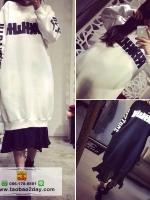 เสื้อผ้าแฟชั่นฤดูหนาว เดรสกันหนาวตัวยาว สไตล์พร็อพ มี 2 สีคือ ขาวและดำ
