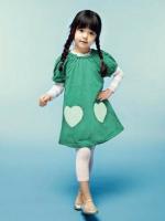 ชุดเดรส เด็กสีเขียว ตกแต่งกระเป๋ารูปหัวใจน่ารัก  สไตล์เด็กเกาหลี