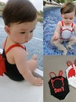 ชุดว่ายน้ำเด็กทารกความสูง 75-115ซม.ลาย Devil ปีศาจน้อย เป็นชุดแนวชุดเอี๊ยมมีปีกด้านหลัง พร้อมหมวกมีเขา มี 2สีคือ ขาวและดำค่ะ