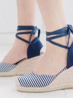 รองเท้าส้นเตารีดสวยๆ