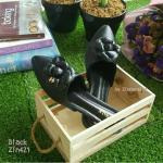 รองเท้าหัวแหลมแบบสวม ติดดอกคามิเลียพร้อม Logo CC สีดำ