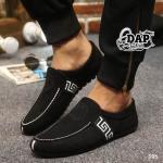 รองเท้าผ้าแฟชั่นผู้ชาย สไตล์ Versace (สีดำ)