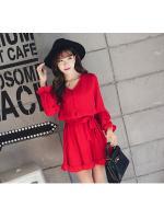 ชุดเดรสแฟชั่น ผ้าโพลีเอสเตอร์ สีแดง (เนื้อผ้าคล้ายชีฟอง แต่หนากว่าชีฟอง)