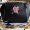 พร้อมส่ง KB-628-1-สีดำ กระเป๋าสะพายไซร์มินิน่ารักสายสะพายโซ่แต่งอะไหล่ Glitter-rabbit หนังมุก