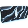 กระเป๋าสตางค์ปลากระเบน แบบ 3 พับ เม็ดใหญ่ ลาย คลื่นน้ำ สีขาวสลับกับสีดำ Line id : 0853457150