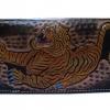 กระเป๋าสตางค์ยาวสีน้ำตาลลายเสือ แบบ 2 พับ พร้อมโซ่ Line id : 0853457150