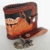 กระเป๋าสตางค์พร้อมโซ่ แบบ 2 พับ Line id : 0853457150