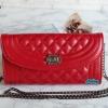 พร้อมส่ง KB-8688 สีแดง กระเป๋าสะพายนำเข้าแต่งอะไหล่ถอดสายโซ่เป็นคลัทซ์ออกงานได้เก๋ๆ