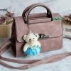 พร้อมส่ง KB-833 สีนู้ดม่วง กระเป๋าแฟชั่นเกาหลีแต่งลายเย็บ พร้อมน้องหมี Princess bear
