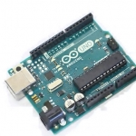 Arduino UNO R3 (Board from Italy) + Free USB Cable