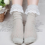 ถุงเท้าลูกไม้สไตล์เจ้าหญิง