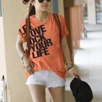 เสื้อยืดแฟชั่น ตัวยาว คอวี แขนจั๊ม ลาย Let Love สีส้ม