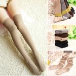 ถุงเท้าญี่ปุ่นยาวเหนือเข่า Tutuanna