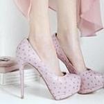 Pre Order รองเท้าผู้หญิง 520cnw 0777