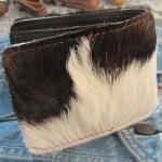 กระเป๋าสตางค์ขนวัวแท้ แบบ 2 พับ สัมพัสนุ่มมือ สุดเทห์ สไตน์ Cowboy สำเนา