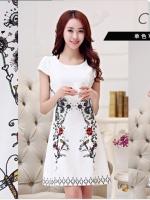 ชุดเดรสน่ารัก ผ้าคอตตอนทอผสม เนื้อดี เงาสวย สีขาว แขนสั้น