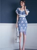 ชุดเดรสสวยๆ ผ้าลูกไม้ถักลายดอกไม้เนื้อดีมากๆ สีน้ำเงิน คอวี