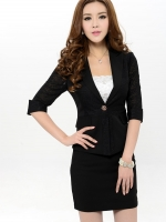เสื้อสูททำงาน แฟชั่นเกาหลี สีดำ เสื้อสูทแขน 3 ส่วน คอปก ช่วงแขนและหลังดีไซส์สวยครับ
