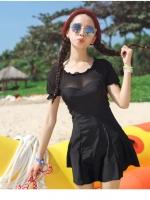 ชุดว่ายน้ำวันพีช สีดำ แขนสั้น ช่วงไหล่ และแขนเสื้อเป็นผ้าทอเนื้อบาง