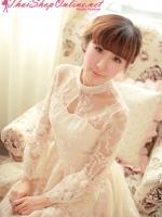 ชุดเดรส Brand Aimilan Princess style ชุดเดรสลูกไม้ แขนยาว คอปักมุกสีขาว พร้อมเข็มกลัดรูปผู้หญิงติดที่คอเสื้อ สวยมากๆครับ (พร้อมส่ง)