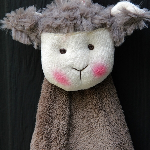 Dolly Hand Towel (Sheep)