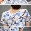 ชุดเดรสผ้าไหม เนื้อบาง พื้นสีขาว มีลายเส้นในตัว พิมพ์ลายดอกไม้โทนสีฟ้า thumbnail 11